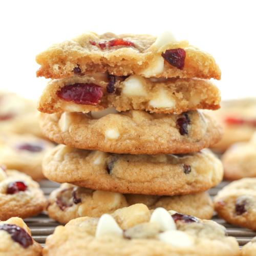 white chocolate and cranberry cookie